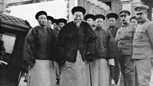"""同样是晚清重臣,林则徐流芳百世,李鸿章却成""""背锅侠"""""""