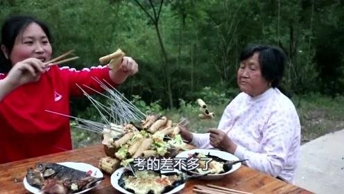 70岁奶奶从来没吃过烧烤,胖妹今天花了50元买食材,奶奶吃高兴了!