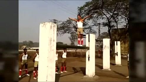 印度特种部队的日常训练,这到底是杂技还是体操啊?