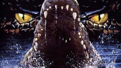 《狂暴巨鳄》惊险!超大鳄鱼攻击人类,心惊肉跳
