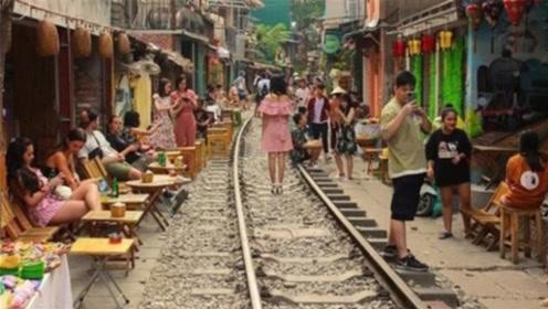 越南这条街到底有何魔力?竟吸引无数游客前往,原来还有此等场面