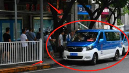 中国被黑得最惨的公交车,网友:这难道不是黑车?司机大呼冤枉