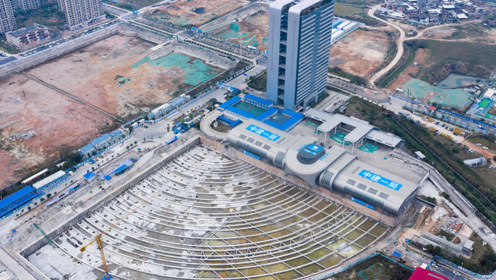 中国弯道超车领先世界的技术,建筑平移,钉子户的噩梦