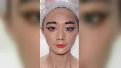 媳妇的非洲人仿妆,不知道这眉毛和晒黑妆够不够,看起来不够美啊