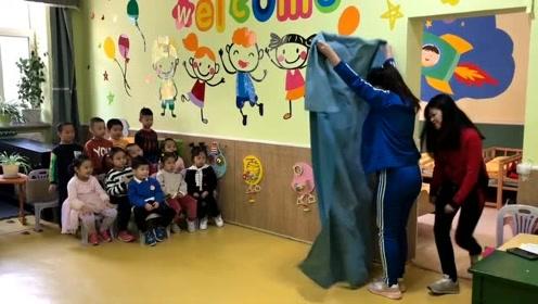 幼儿园宝宝:这点魔术还想哄我,真当我们是三岁孩子?