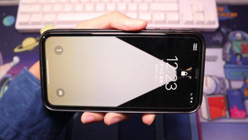 """iPhone凭这几张壁纸,让你锁屏瞬间""""点亮""""起来,超炫的!"""