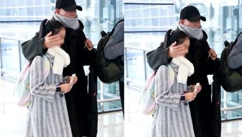 文章离婚后带女儿首度现身,爱马亭亭玉立,身高已经到爸爸肩膀了
