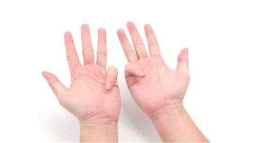 锻炼大脑手指操,每天坚持做这4个动作,养身又健脑,方法超简单