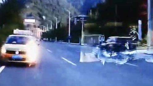 的哥逆行险酿惨剧,被拍视频发上网,2天后交警找上门