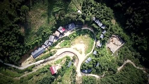 航拍曾经最艰苦的广西瑶寨,如今变成了世外桃源,你喜欢这里吗?