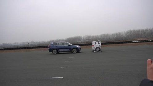针对静止车辆紧急制动测试