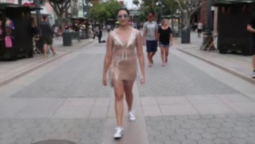 """美女穿""""透明裤""""上街,瞬间吸引无数人,网友:胆子太大了!"""