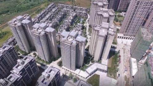 买房时,尽量不要买这4种房子,公摊面积太大,内行人碰都不碰!