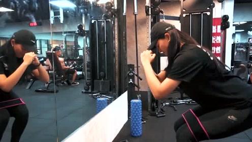 30岁女教师坚持健身,从胖妞变成女神,像20岁的少女一样年轻