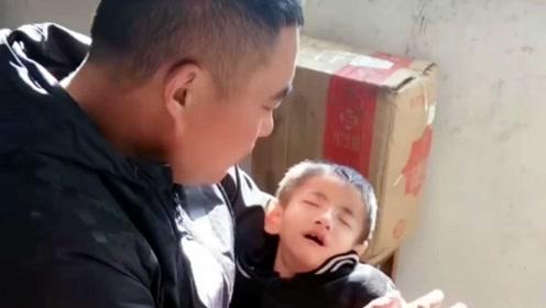二胎生下8年婴儿没长大,罕见病拖垮家庭,宝妈从未言弃!