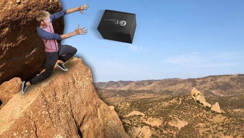 在百米高空把保险箱自由落体扔下,落地瞬间会砸成稀巴烂吗?