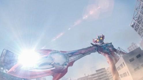 奥特曼:炎之力到底有多强,还记得奥特炸弹吗,梦比优斯凤凰形态闪耀天际!