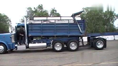 第一次见这么牛的装车方式,只需要一只手,厉害了!
