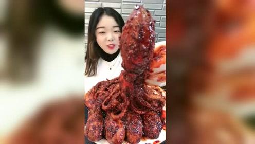 这是吃海鲜,还是吃辣椒啊!