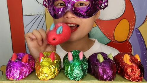 """小姐姐吃手工""""创意兔子巧克力"""",乖萌可爱香浓甜滑嘎嘣脆"""