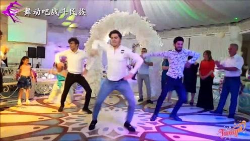 """第一次参加阿塞拜疆婚礼,小伙们跳舞真帅,女孩都喊""""破音""""了"""