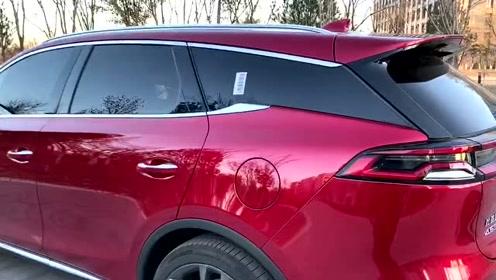 新车抢鲜看:比亚迪唐EV600外观,悬浮车窗EV款才有的设计