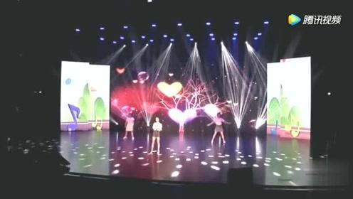 网红美女主播, 冯提莫翻唱最美的期待,还真的好听呀!