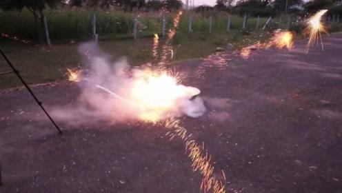 老外将鞭炮放入液氮中,点燃后成了仙境,最后有点尴尬!