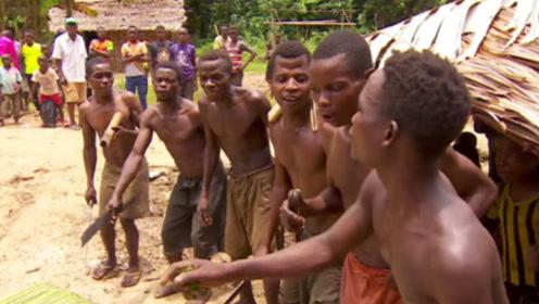 世界特殊的原始部落,9岁就可生儿育女,如今濒临灭绝
