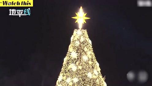 圣诞节来袭!美国举行国家圣诞树点灯仪式 特朗普携第一夫人出席