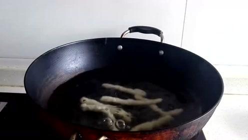 想吃烤面筋的不用出去买了,教你在家自己做,简单干净又好吃