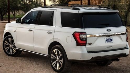 实拍2020福特超大SUV征服者,什么才叫后备箱?让它来说