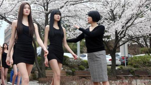 韩国姐妹第一次来中国,走在街上很疑惑,为啥中国男人都这样?