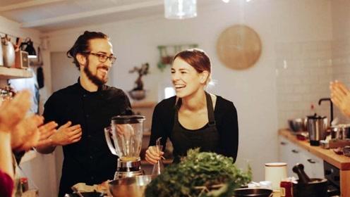 """晚餐是人的""""寿命餐"""",保持这3个晚餐习惯,身体健康不发胖"""