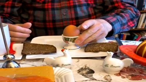 德国人吃鸡蛋,都是用小勺挖着吃,生活中充满仪式感!