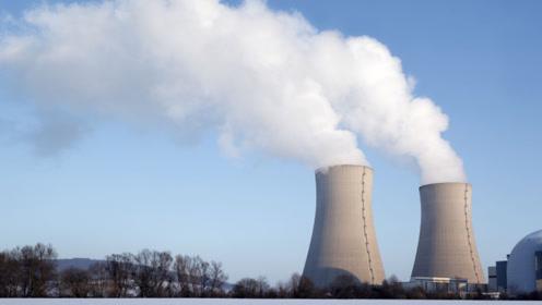 为什么核电站宁愿将60%的热能排到海里,也不给南方供暖