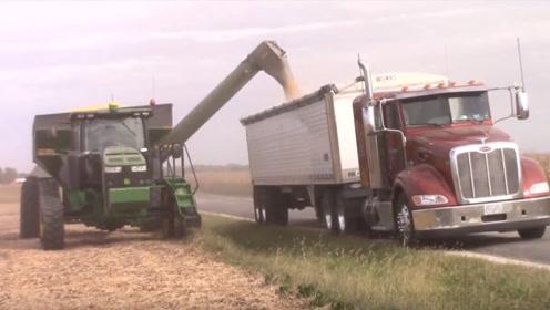 为什么美国粮食出口世界第一,看他的收割机器,就知道差在哪儿了