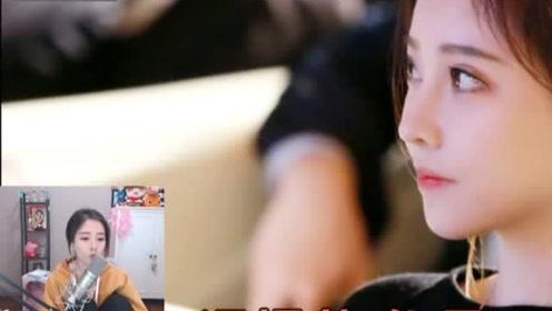 12月19日,冯提莫在直播间哭着看粉丝录的生日祝福,全是真爱粉