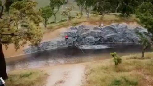 国外手工达人制作河边垂钓场景的全过程,真的太牛了!