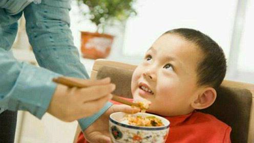 天冷给孩子喂饭有讲究,这4种辅食千万别错过