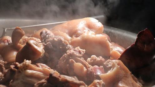 大姨卖卤味26年,猪肠、猪头肉、猪耳朵一大盆!买20块钱的能吃撑