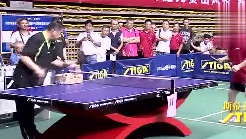 乒乓球:横板反手拉球吃不住球李晓东教你老瓦最难学的技术!