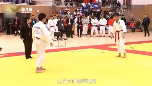 崔永元自己也是柔道高手