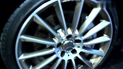 2019款奔驰AMG A 35实拍,看了外观内饰还考虑奥迪A3吗?