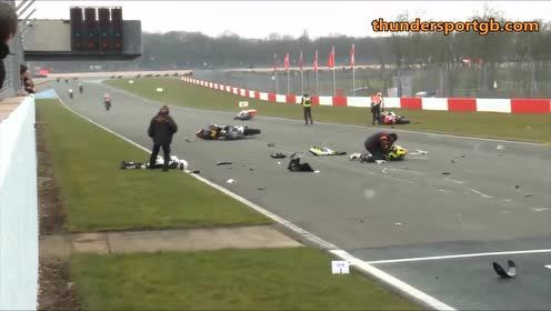 还没开始就结束,最悲催的摩托车赛车手!