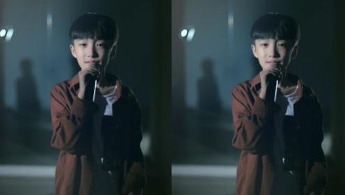 小学生翻唱《起风了》火了,根本不需要声卡,比吴青峰差不了多少