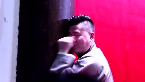张鹤伦深情演唱《凉凉》,垮掉之后害羞的去抱柱子