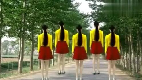 广场舞《大眼睛》节奏欢快,舞姿优美,简单好学,一起来跳舞吧!