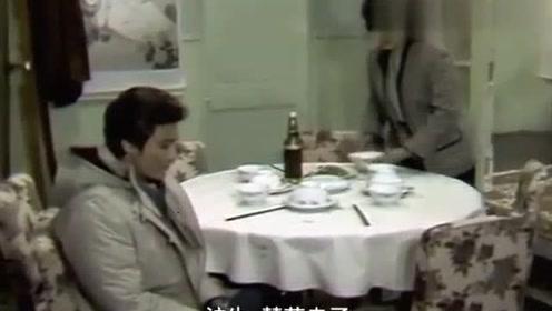 渴望:老爷子出院回来了,儿媳饭都做好了,可惜人已经走了