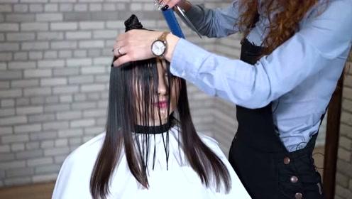 发尾修剪:感觉很神奇啊,毛躁的发尾修剪完之后感觉发质都变了
